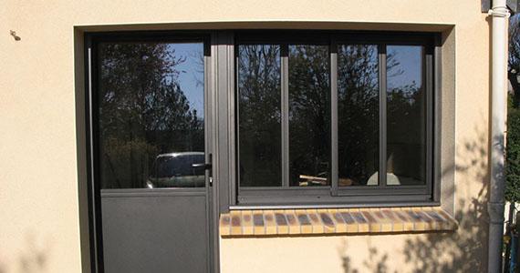 pose de fen tre aluminium bois mixte sur rennes chantepie cesson sevign janz ch teaugiron. Black Bedroom Furniture Sets. Home Design Ideas